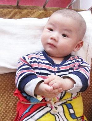 去香港验血的福建省福州市的Z女士发来男宝的照片
